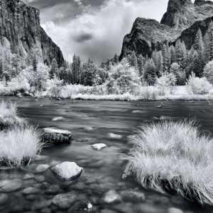 Yosemite od Merced River